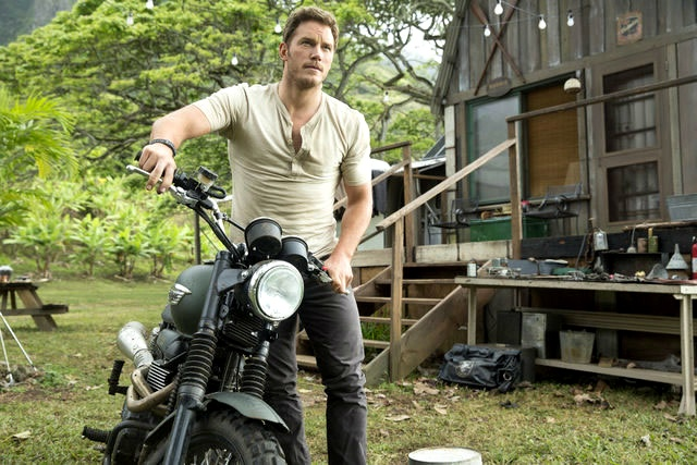 Jurassic World : Chris Pratt em destaque em imagem