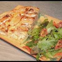 Tarte Lardons, Pommes, Oignons, Camembert