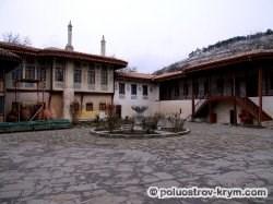 Дворцовый двор. Бахчисарай. Крым