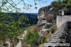 Южная оборонительная стена. Пещерный город Чуфут-Кале. Автор фото Ольга Иутина