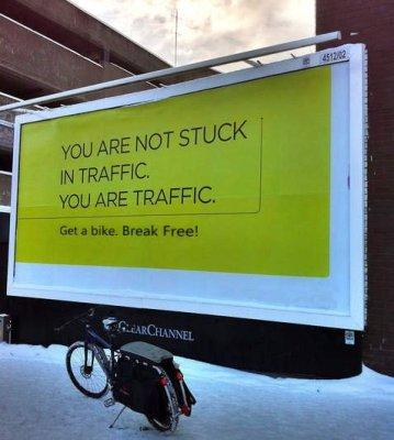 No estás atorado en el tráfico. Eres el tráfico.