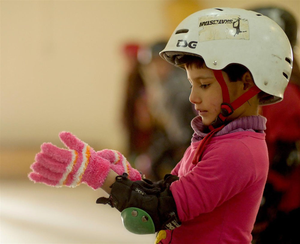 Learning_To_Skateboard_In_a_Warzone_If_You_re_A_Girl-172905598-large