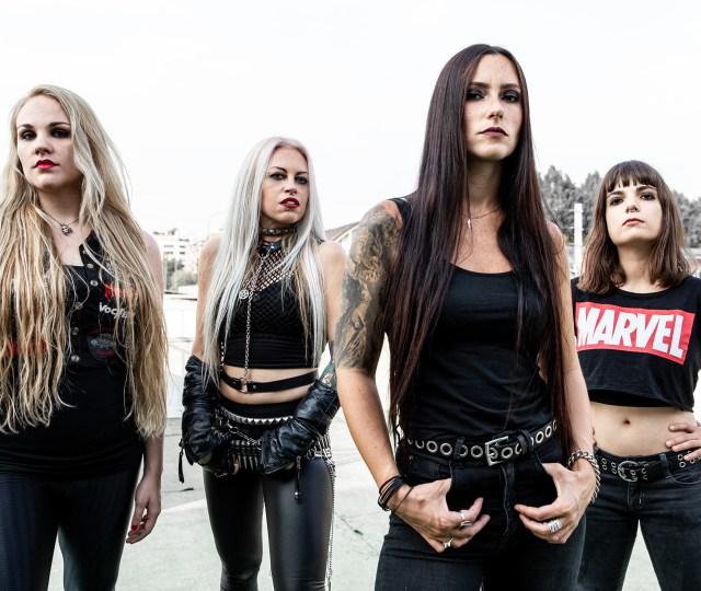 Diva Satanica de Nervosa en entrevista