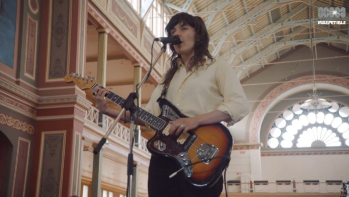 Courtney Barnett en From Where I'm Standing