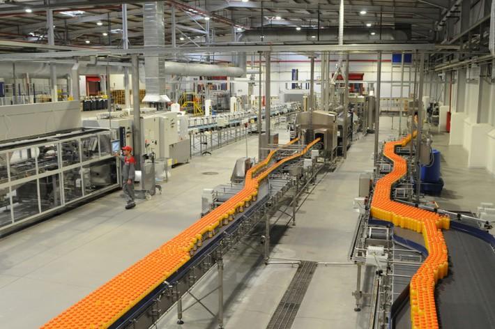Техники производственной линии на фабрику в г. Вроцлав