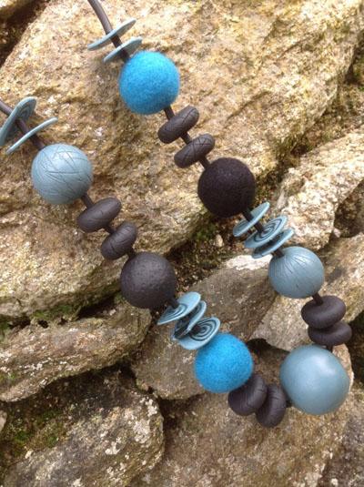 felt-clay-necklace