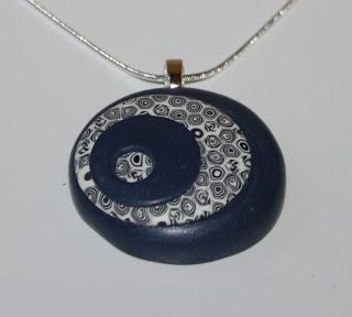 round-pendant