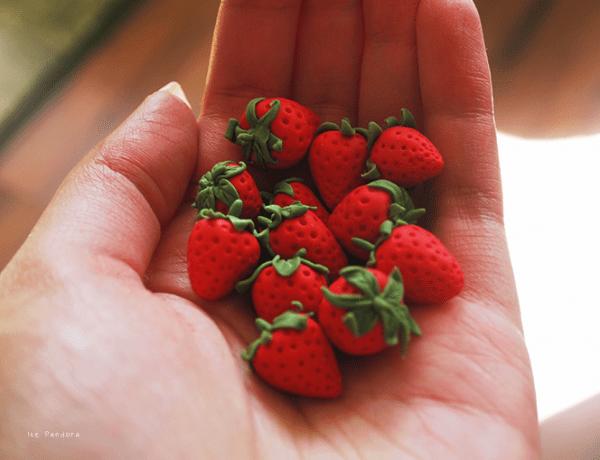 DIYstrawberryhandful
