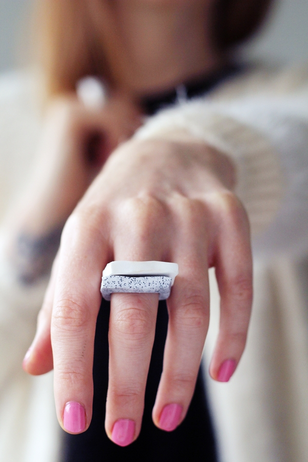 Fall-For-DIY-Faux-Granite-Rings-k