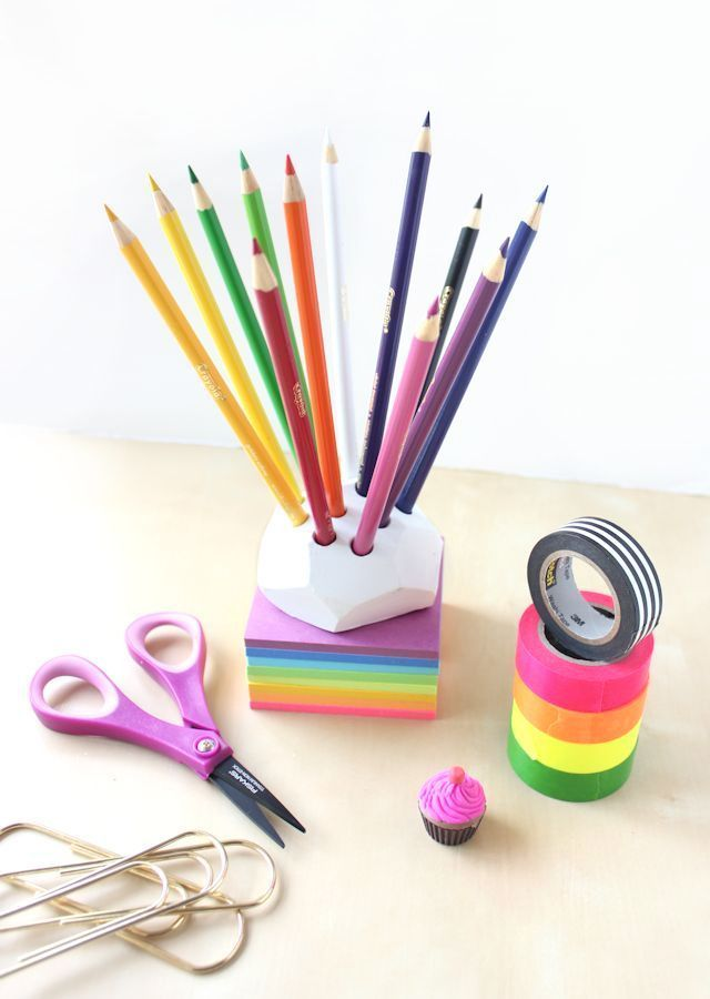 Colored-Pencil-Holder-Office-Supplies-Desk