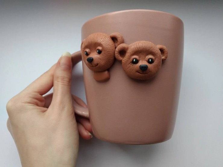 6 Polymer clay cup decor: A couple of bears