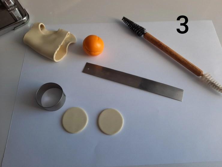 Photo 3. Polymer clay cake tutorial