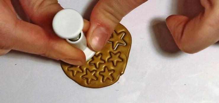 Mini cupcakes, décor of teaspoon with polymer clay. TUTORIAL