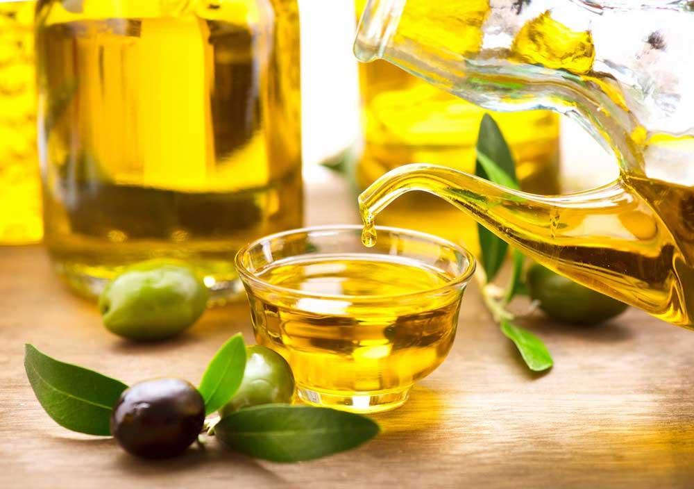 5 loại dầu ăn phổ biến, cách sử dụng đúng cách tránh gây độc hại cho sức khỏe của gia đình
