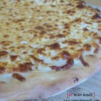 white ricotta pizza