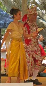 Thai/Laos dancers