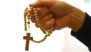 Anna: modlę się dalej i noszę przy sobie różaniec