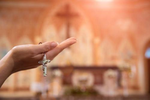 Modlitwa ręce różaniec