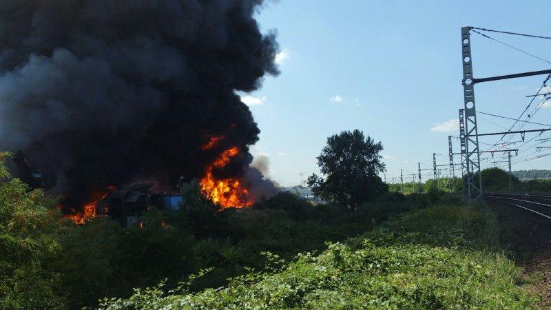?? Athis-Mons (91) : Un incendie ravage une usine de recyclage