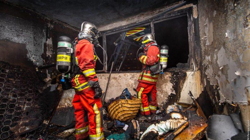 🇫🇷 Marseille (13) : Violent feu d'appartement au 7ème étage d'un immeuble