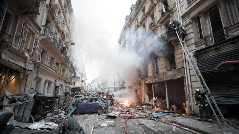 ?? Paris (75) : Une violente explosion dans une boulangerie ravage un immeuble et tue 2 pompiers