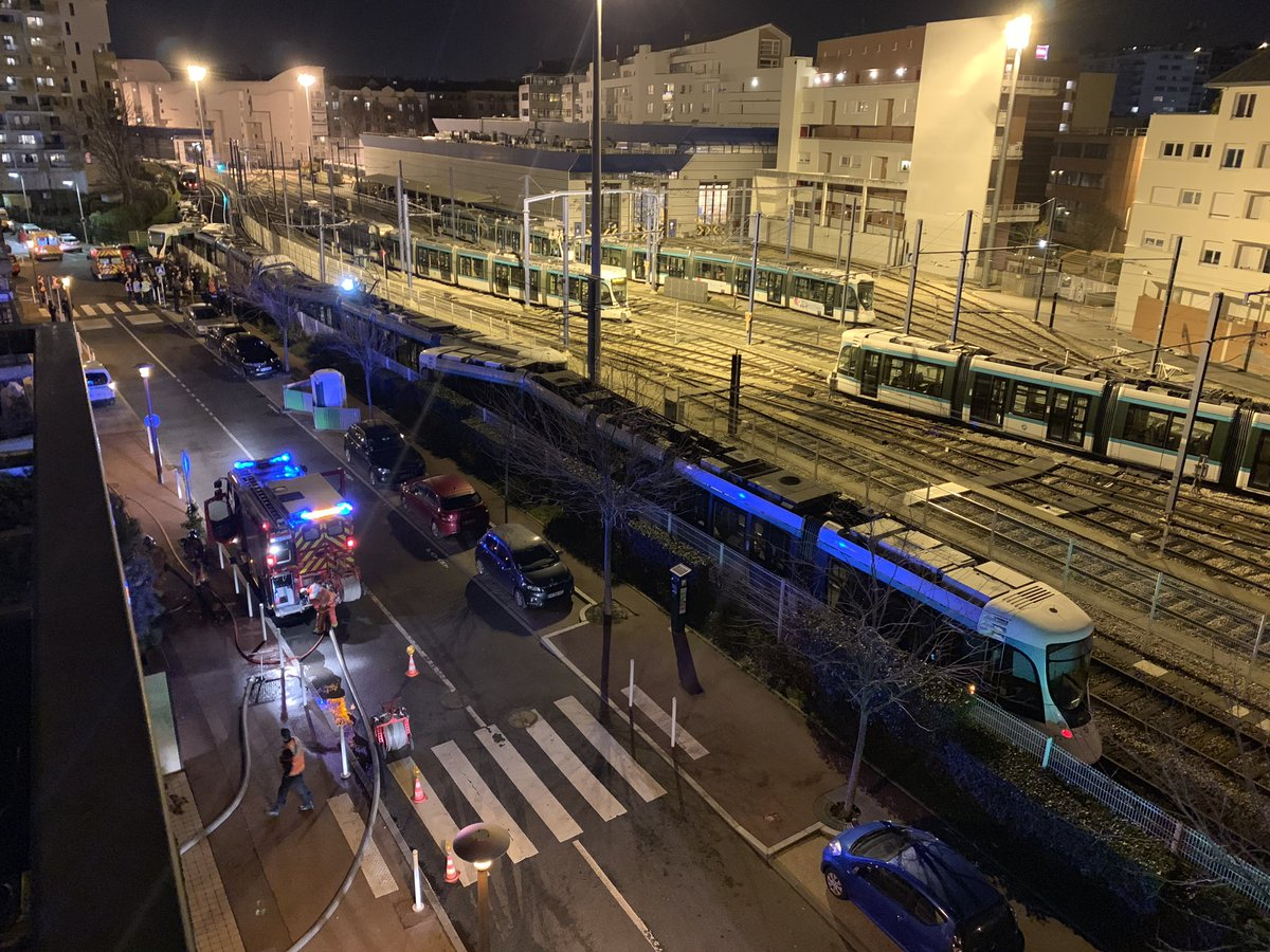 ?? Issy-les-Moulineaux (92) : Plusieurs blessés après une collision entre deux tramways