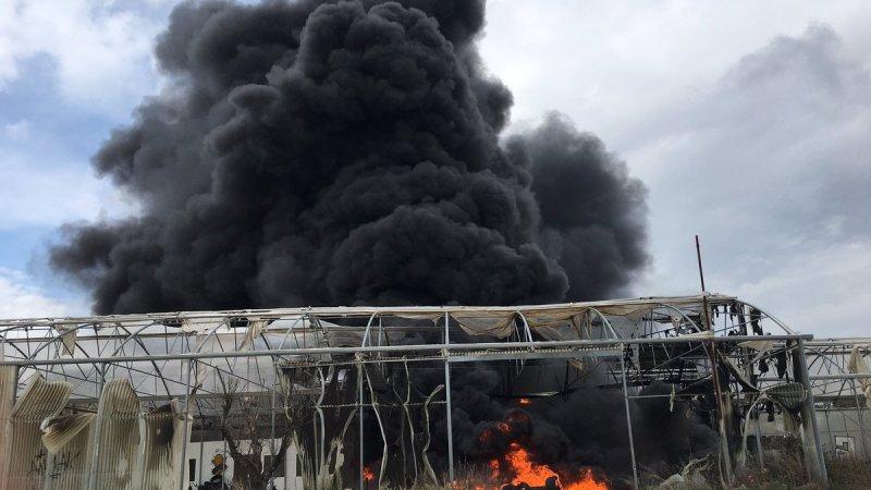 🇫🇷 Montpellier (34) : Un stockage de pneus en feu