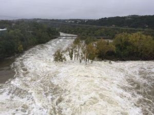 635818108539229090-LCRA-moving-water-downstream-from-lak-aus-to-lady-bird-