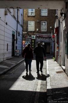 An alleyway off of Whitechapel Road. © Violet Acevedo