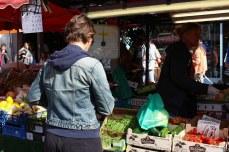 Buying vegetables. © Violet Acevedo
