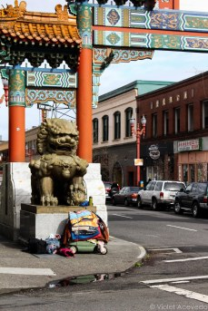 The Chinatown gates right next to the Right to Dream Too homeless rest area. © Violet Acevedo