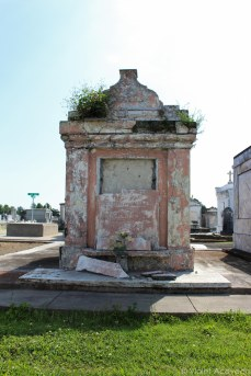 Some of the tombs in Greenwood Cemetery have been here for centuries. © Violet Acevedo