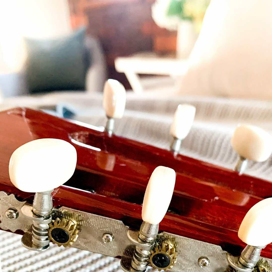 ponderings image guitar shot