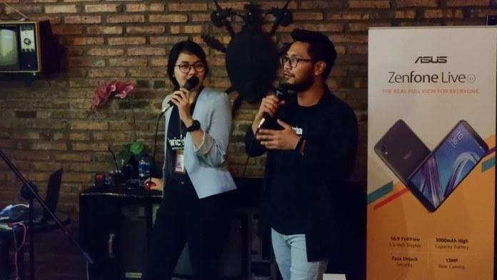 Amanda dan Bang Bewok Sedang Menjelaskan Fitur Terbaru di Pricebook.co.id
