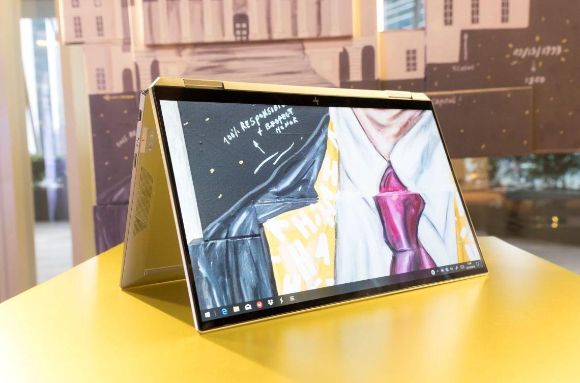 HP Spectre x360 terbaru hadir dengan bezel display tipis nyaris borderless