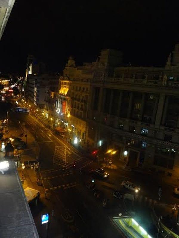 Zacapa Room   Un viaje sensorial al universo del ron Zacapa   Hasta 02-10-2014   Vista de la Calle de Alcalá desde la terraza del Casino de Madrid