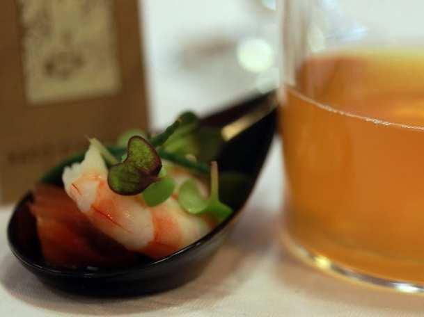 Gastronomía & Cerveza, nuevo concepto del maridaje   Casimiro Mahou & Racó d'en Cesc   Madrid Fusión 2015   Tapa de langostino con Blat 201