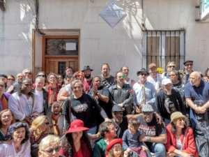 Homenaje a Jerry González | Calle de Jesús y María | Lavapiés | Centro | Madrid | Asistentes a la colocación de la placa