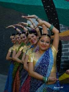 Bollywood Summer 6 | Boda india LGBTI en Madrid | Música y danza india | Sala Caracol | 09/06/2019 | Madrid | Bailarinas | Foto Carmen OV