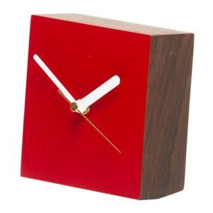 Horloge, Matt Pugh — Rouge Coquelicot