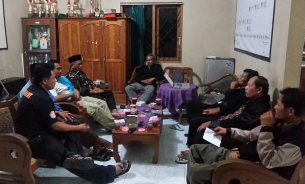 Rapat BUMDes Hanyukupi di Desa Ponjong