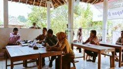 Pemilihan berlangsung hangat di Dusun Serut