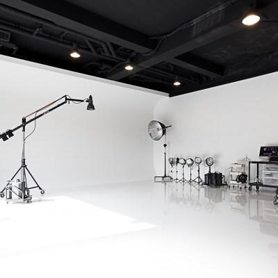 微光視覺/Broncolor/一樓挑高四米三,近捷運松山站,松山火車站