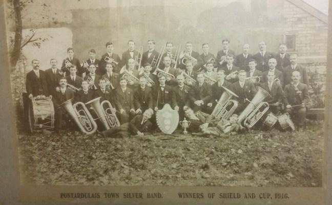 Band Arian Tref Pontarddulais, 1916