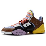 Spring-Summer-2014-footwear-by-Y-3-and-Peter-Saville-for-Adidas_dezeen_27