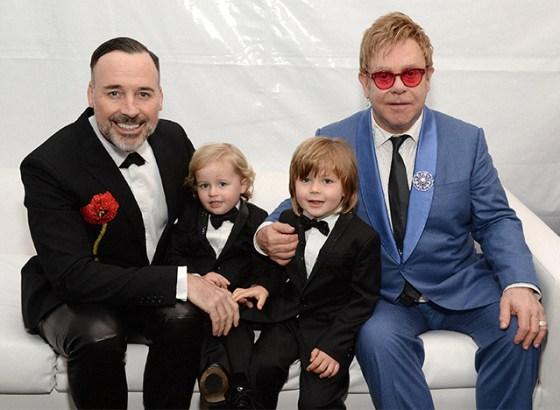 Elton-John- y- familia-009