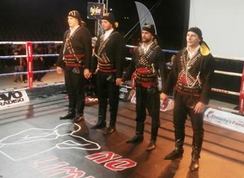Το χορευτικό μας μέσα στο ring.. / photos