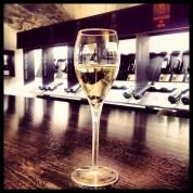 Les Dilletantes, bar e loja especializado em champanhes de pequenos produtores