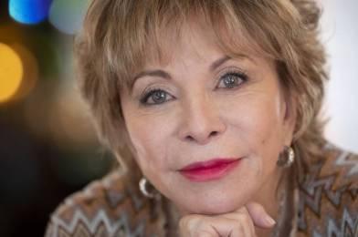 Entérate de los últimos libros de Isabel Allende ¡No podrás dejar de leerlos!