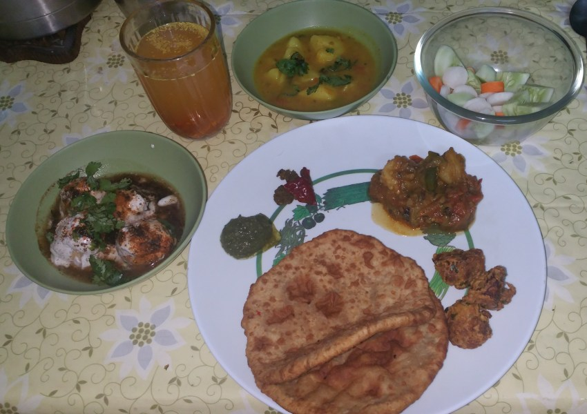 Holi lunch of Banaras